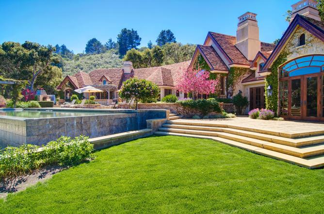 Luxury Homes in Carmel Valley