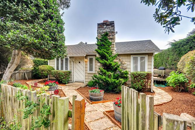 Property Photo - 26175 Valley View Avenue (Carmel)