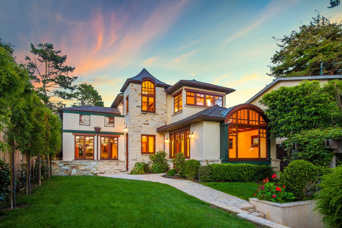 Luxury Homes in Carmel-by-the-Sea