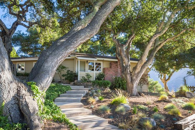 Luxury Houses for sale in Carmel Valley